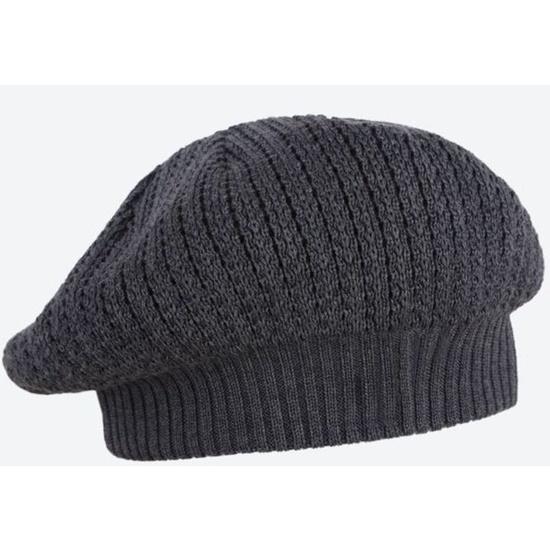 Knitted beret Kama A39 111