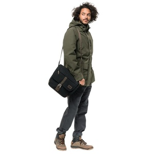 Urban bag Jack Wolfskin Camden Town, black 6000, Jack Wolfskin