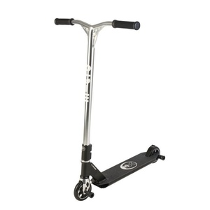 Freestylová scooter Micro Crossneck 2 Black, Micro